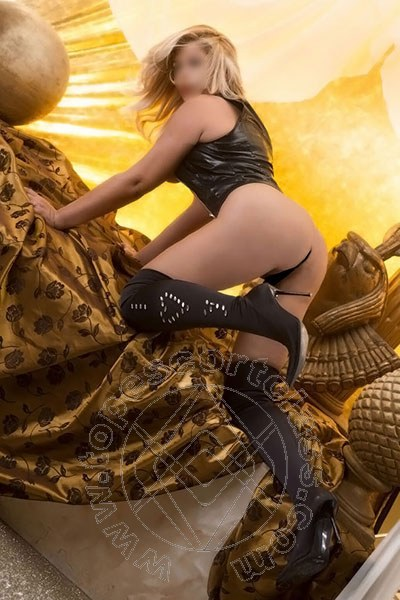 Manuela Fox  TORRE DEL LAGO PUCCINI 3897927065