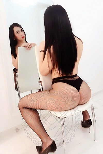Iris Hot  RENDE 3880553281